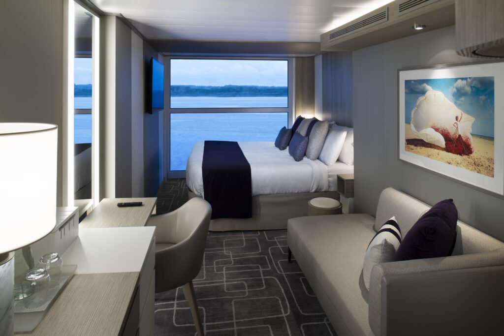 Celebrity-Apex-buitenhut-met-panoramisch-raam-cruisemarkt
